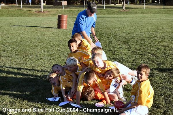 2004-10-03-orange-and-blue