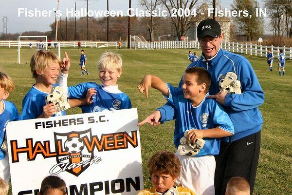 2004-10-31-fishers-halloween