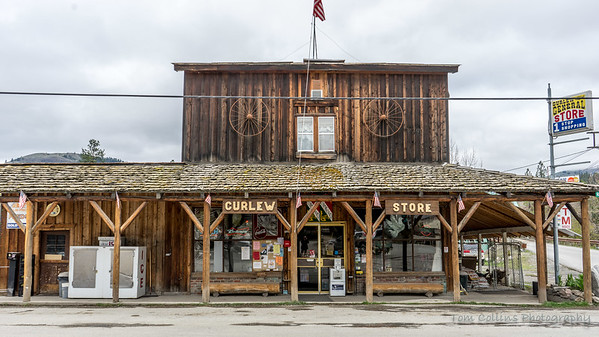 The Curlew General Store.  1 stop shopping.