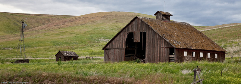 Abandoned farm buildings