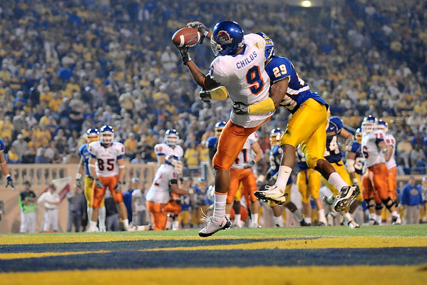 Oct. 24, 2008; San Jose, CA, USA; Boise State wide wide receiver Jeremy Childs (9) catches a touchdown pass over San Jose State cornerback Christopher Owens (29) during the second quarter at Spartan Stadium in San Jose, CA. Mandatory Credit: Daniel R. Harris-US PRESSWIRE