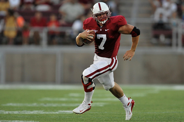 28 August 2008: Running back Toby Gerhart (7) breaks off a 46-yard touchdown run during the Stanford Cardinal's 36-28 victory over the Oregon State Beavers at Stanford Stadium in Stanford, CA.