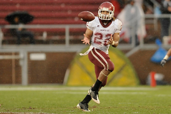 01 November 2008: Washington State running back Chantz Staden (22) makes a catch during the Stanford Cardinal's 58-0 victory over the  Cougars at Stanford Stadium in Stanford, CA.