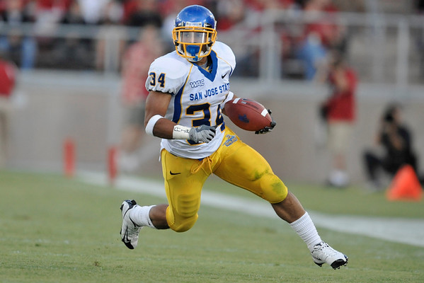20 September 2008: San Jose State running back Yonus Davis (34) during the Stanford Cardinal's 23-10 victory over the the Spartans at Stanford Stadium in Stanford, CA.