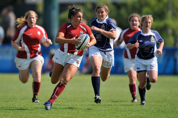 03 May 2008:  Melissa Smit during Stanford's 15-10 victory over Penn State to win the Division I Women's Rugby National Championship match at Stueber Rugby Stadium in Stanford, CA.