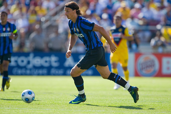 19 July 2009:  Inter Milan forward Zlatan Ibrahimovic (10) during play in the World Football Challenge match between Club America and Inter Milan at Stanford Stadium in Stanford, California.  Club America prevailed 1-1 on penalty kicks.