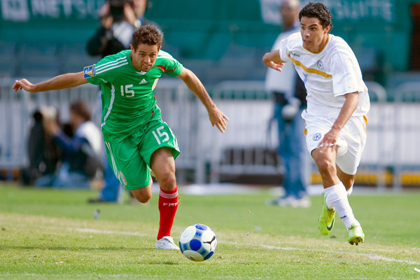 05 July 2009:  Mexico defender Jose Antonio Castro (15) during play in the Group C match of the Confederation of North, Central America and Caribbean Association Football Gold Cup at the Oakland-Alameda County Coliseum in Oakland, California.  Mexico defeated Nicaragua 2-0.