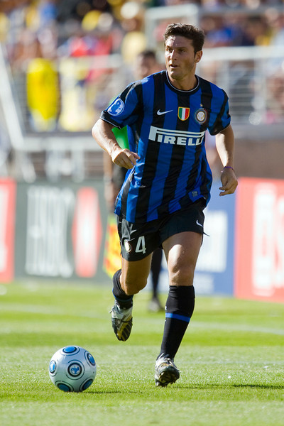 19 July 2009:  Inter Milan defender Javier Adelmar Zanetti (4) during play in the World Football Challenge match between Club America and Inter Milan at Stanford Stadium in Stanford, California.  Club America prevailed 1-1 on penalty kicks.