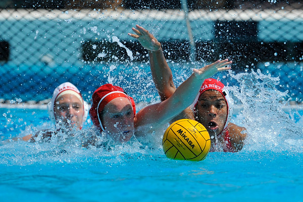 9 May 2008:  Marist Red Fox Elizabeth Davis (1) during the first round of the 2008 NCAA women's water polo championships at the Avery Aquatic Center in Stanford, CA.
