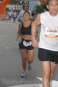 DSC_0024 Photo Credit: Susie Tillett 2009 ING Miami Marathon/Half Marathon