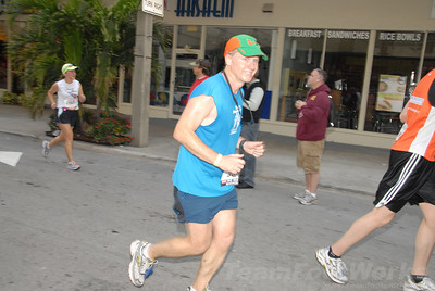 DSC_0048 Photo Credit: Susie Tillett 2009 ING Miami Marathon/Half Marathon