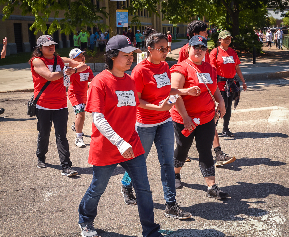 . Team of Walkers was part of the 19th Annual Lowell General Hospital Teamwalk for CancerCare hosted on the grounds near the Tsongas Center in Lowell Sunday.   SUN/Scot Langdon