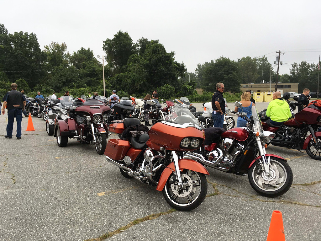 . Bikers get ready to rock �n� roll.