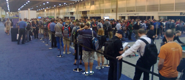 The line at Tech Ed 2013 to buy a new Microsoft Surface! Some people reported a wait of over 2(!) hours!