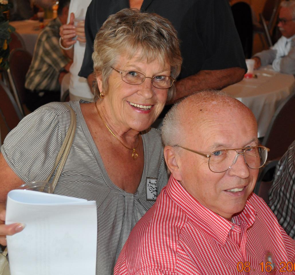 Ann Terkelson & Larry Boyle (Linda)