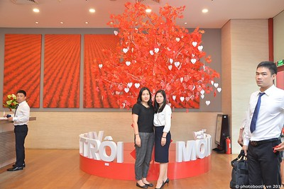 Techcombank-Ha-Noi-25th-Anniversary-Photo-Booth-Saigon-Chup-hinh-in-anh-lay-lien-Su-kien-023