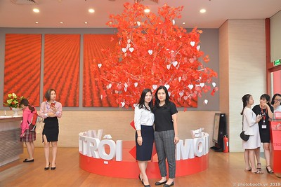 Techcombank-Ha-Noi-25th-Anniversary-Photo-Booth-Saigon-Chup-hinh-in-anh-lay-lien-Su-kien-022