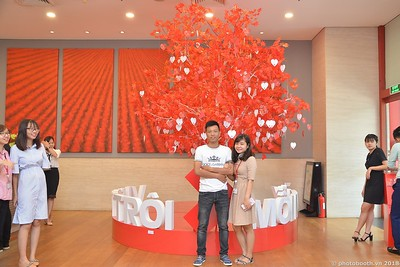Techcombank-Ha-Noi-25th-Anniversary-Photo-Booth-Saigon-Chup-hinh-in-anh-lay-lien-Su-kien-019