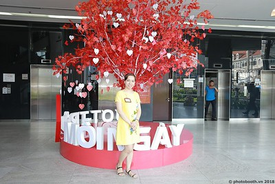 Techcombank-25th-Anniversary-Photo-Booth-Saigon-Chup-hinh-in-anh-lay-lien-Su-kien-043