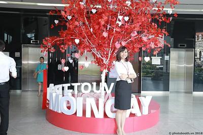Techcombank-25th-Anniversary-Photo-Booth-Saigon-Chup-hinh-in-anh-lay-lien-Su-kien-020