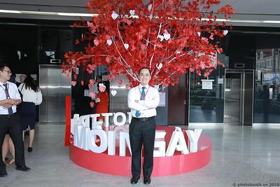 Techcombank-25th-Anniversary-Photo-Booth-Saigon-Chup-hinh-in-anh-lay-lien-Su-kien-013