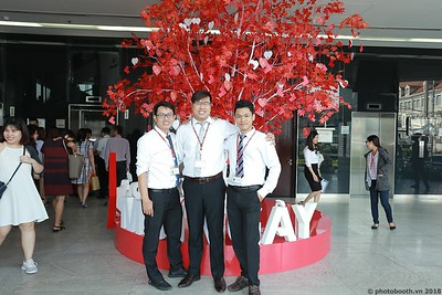 Techcombank-25th-Anniversary-Photo-Booth-Saigon-Chup-hinh-in-anh-lay-lien-Su-kien-004