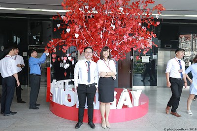 Techcombank-25th-Anniversary-Photo-Booth-Saigon-Chup-hinh-in-anh-lay-lien-Su-kien-019