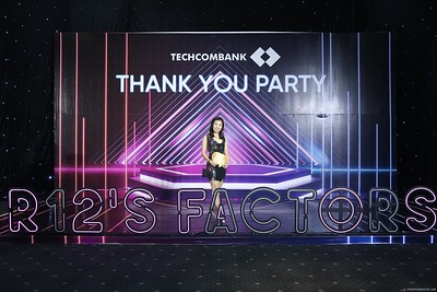 Techcombank-Thank-You-Party-2019-instant-print-photobooth-Chup-anh-in-hinh-lay-lien-Su-kien-tai-TP-Ho-Chi-Minh-WefieBox-Photobooth-Vietnam-291