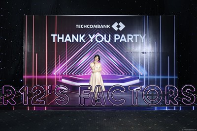 Techcombank-Thank-You-Party-2019-instant-print-photobooth-Chup-anh-in-hinh-lay-lien-Su-kien-tai-TP-Ho-Chi-Minh-WefieBox-Photobooth-Vietnam-293