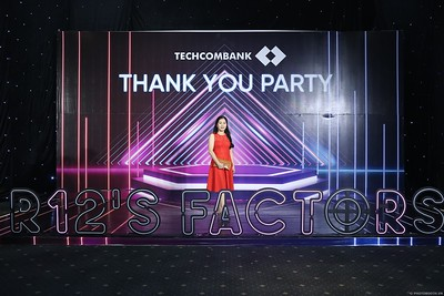 Techcombank-Thank-You-Party-2019-instant-print-photobooth-Chup-anh-in-hinh-lay-lien-Su-kien-tai-TP-Ho-Chi-Minh-WefieBox-Photobooth-Vietnam-284