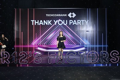 Techcombank-Thank-You-Party-2019-instant-print-photobooth-Chup-anh-in-hinh-lay-lien-Su-kien-tai-TP-Ho-Chi-Minh-WefieBox-Photobooth-Vietnam-282
