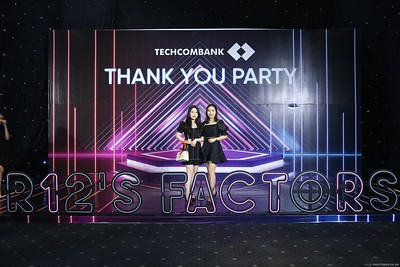 Techcombank-Thank-You-Party-2019-instant-print-photobooth-Chup-anh-in-hinh-lay-lien-Su-kien-tai-TP-Ho-Chi-Minh-WefieBox-Photobooth-Vietnam-283