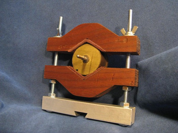 An inventive Spring Barrell Holder from Joel Zautner