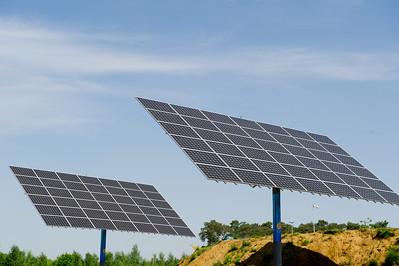 solar panels zonnepanelen panneau solaire