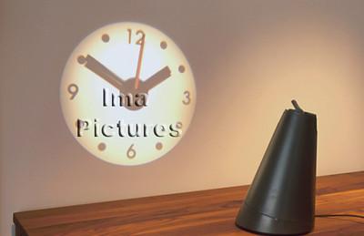 1-40-31-0148 clock,klok,projection,projectie