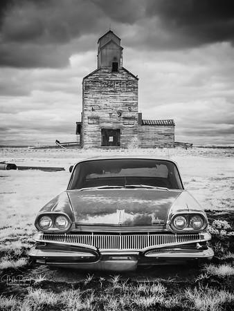 Abandoned on the plains