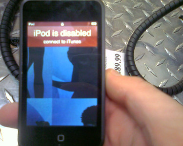 iPod Touch at Costco disabled