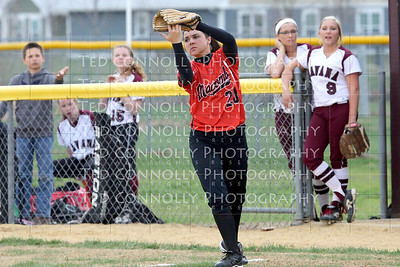 Lady Ducks Vs Macomb Softball 4-21-2014