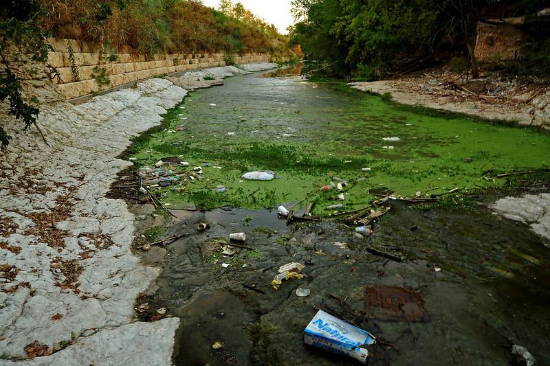 Trash in Shoal Creek south of 3rd Street