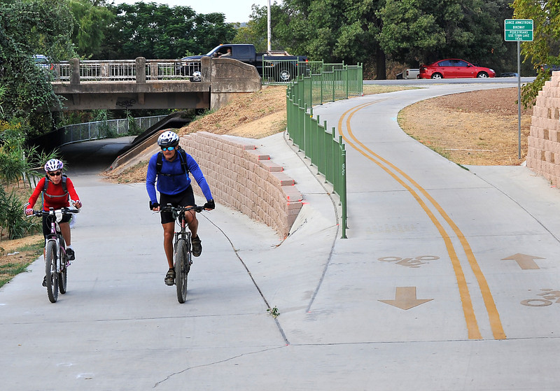 Lance Armstrong Bikeway at Cesar Chavez