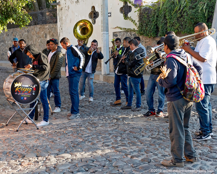 Banda Reyes playing in the early morning on the streets of Ajijic