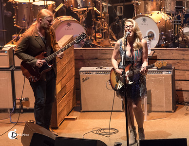 Tedeschi Trucks Band | TD Victoria International Jazzfest