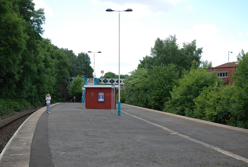 Dunston platform looking towards Metro Centre and the exit with Liz on the platform