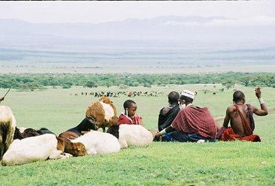 Maasai perekond  Maasai family - Ngorongoro