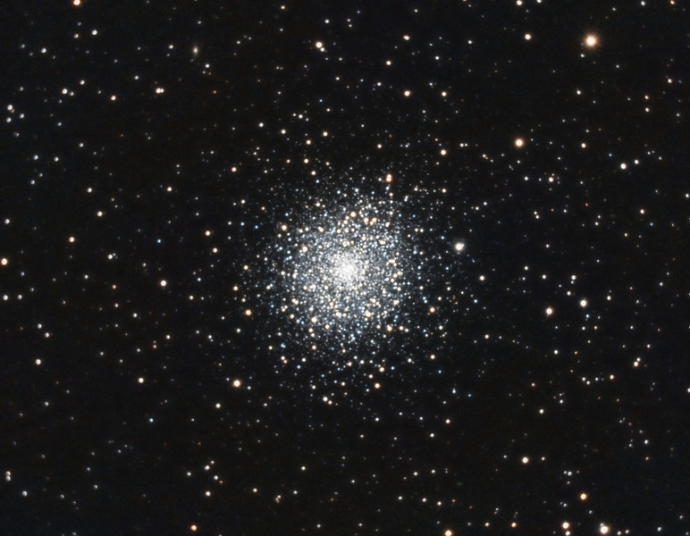 M92, Globular Cluster in Hercules. 6/25/2011. CPC0800 F/6.3 focal reducer. Mitty Wedge. SXVR-M25C. IDAS LPS Filter. Hutech OAG. Lodestar. 31 x 5 minutes. Total 155 minutes. Pre-Processed (Dark, Bias, Flats Calibration and Debayer) with Nebulosity. Stacked and Post-processed with PixInsight. PHD settings: RA Aggressivemess: 90, RA Hysteresis: 10, RA Max Duration: 600, Dec Max Duration: 600, Min Motion: 0.60, Calibration Steps: 750msec, Auto/Resist Switching, Dithering: Extreme and Settle < 0.5, 0.5 sec guiding exposure.