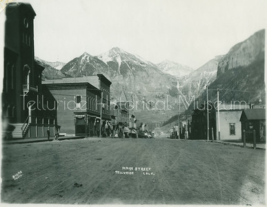 1995-66-17: Colorado Ave., Telluride Colo., Summer
