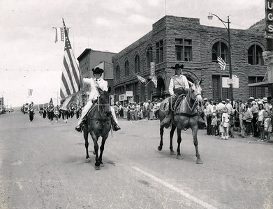 2004-01-377: Norwood Queen, Fourth Of July c. 1950