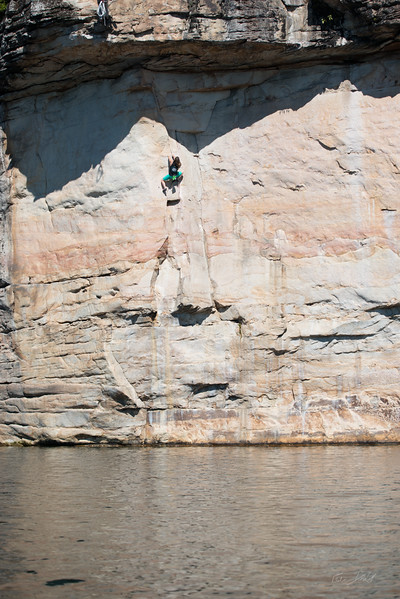 Deep-Water-Soloing-PSICOBLOC-2016-Summersville-Lake-West-Virginia-Photo-by-Gabe-DeWitt-499