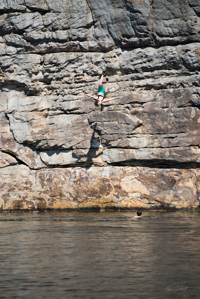 Deep-Water-Soloing-PSICOBLOC-2016-Summersville-Lake-West-Virginia-Photo-by-Gabe-DeWitt-347