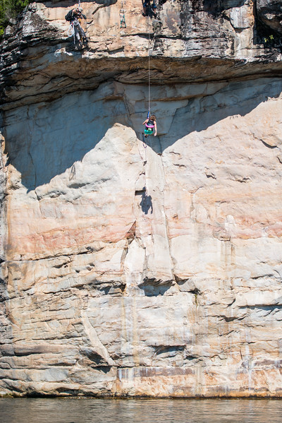 Deep-Water-Soloing-PSICOBLOC-2016-Summersville-Lake-West-Virginia-Photo-by-Gabe-DeWitt-559